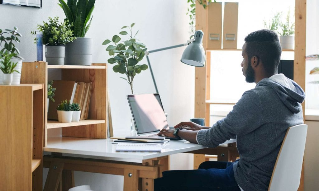 Conducting Employee Performance Reviews While Working Remotely