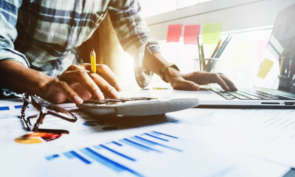 Our List of the 4 Top Online Accounting Courses